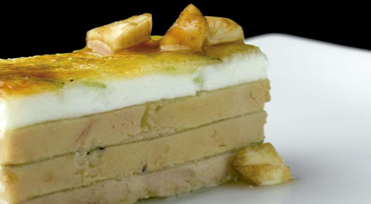 Foto: Foiegras, queso de cabra y manzana verde caramelizada