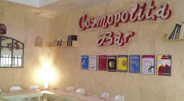 La Cosmopolita Bar