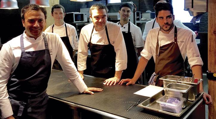 Crítica Del Restaurante El Corral De La Morería Madrid Gastroactitud Corral De La Moreria