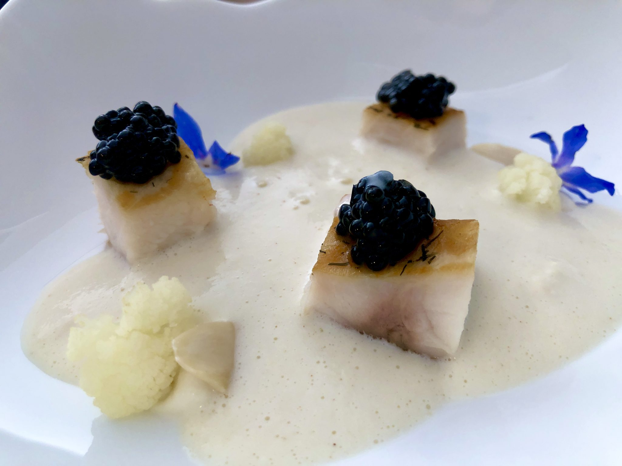 Restaurante Dromo (Badajoz) Coliflor, esturión ahumado y su caviar