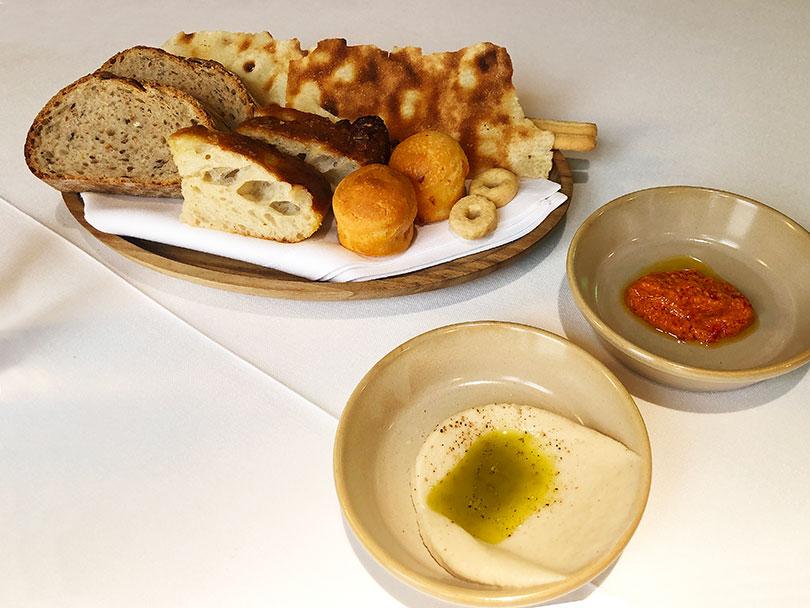 Noi (Madrid) panes y aperitivo